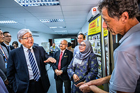 Dr Shin Young-soo, WHO Regional Director for the Western Pacific visits the state-of-the-art facilities of the Institute for Medical Research in Kuala Lumpur, Malaysia. Note: Titles of staff/delegates reflect their respective position at the time the photo was taken.