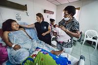 Dr Sevil Huseynova, WHO Representative in Solomon Islands, visiting a postnatal unit at Majuro Hospital.